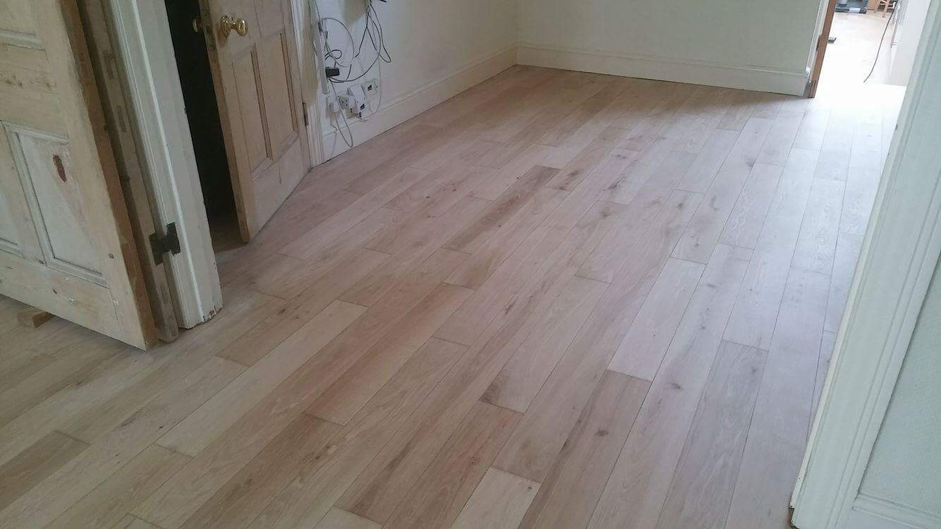 OAK WOOD FLOORING INSTALLATION (1)