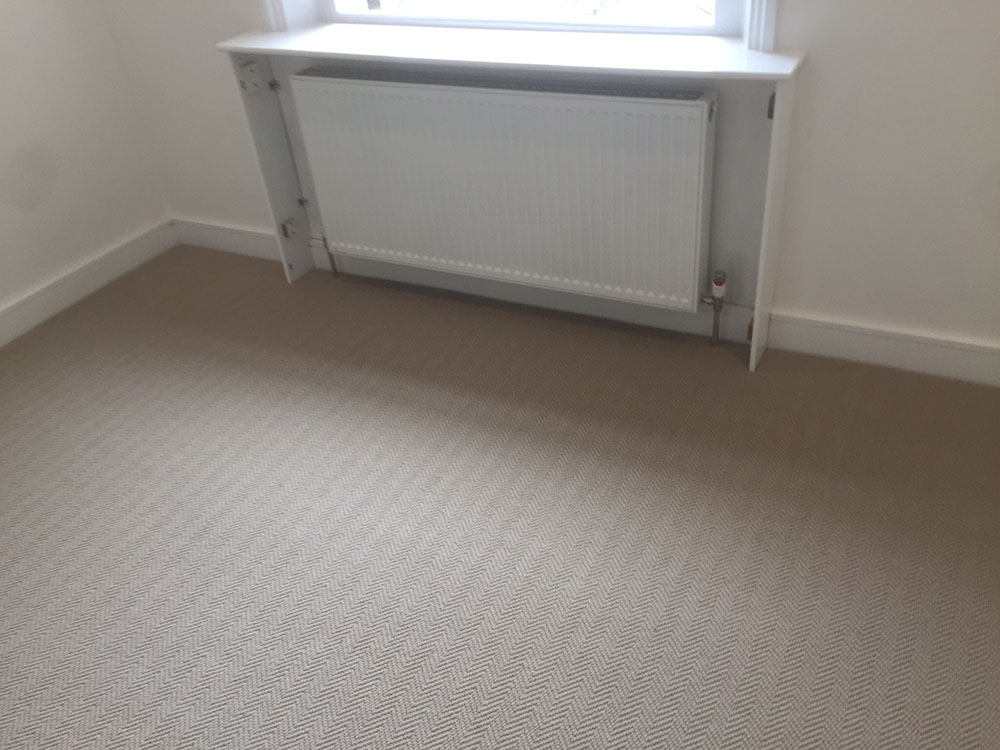 PORTFOLIO - GREY WOOL CARPET IN AREAS (2)