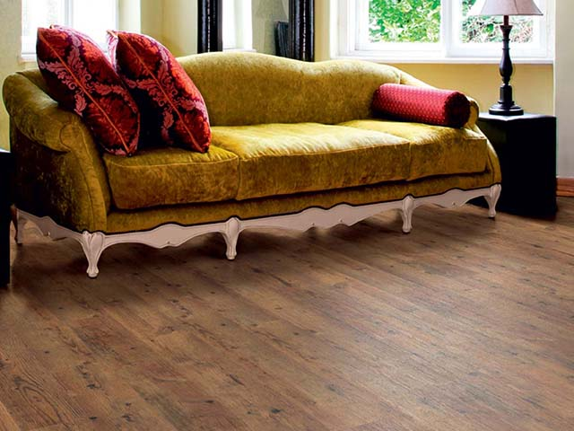 j2 Flooring – Rustic Oak