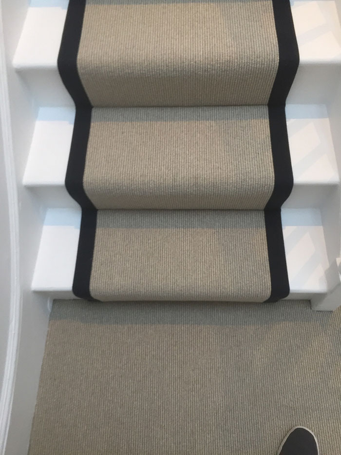 PORTFOLIO - LIGHTER CARPET ON STAIRS WITH BLACK BINDING (5)