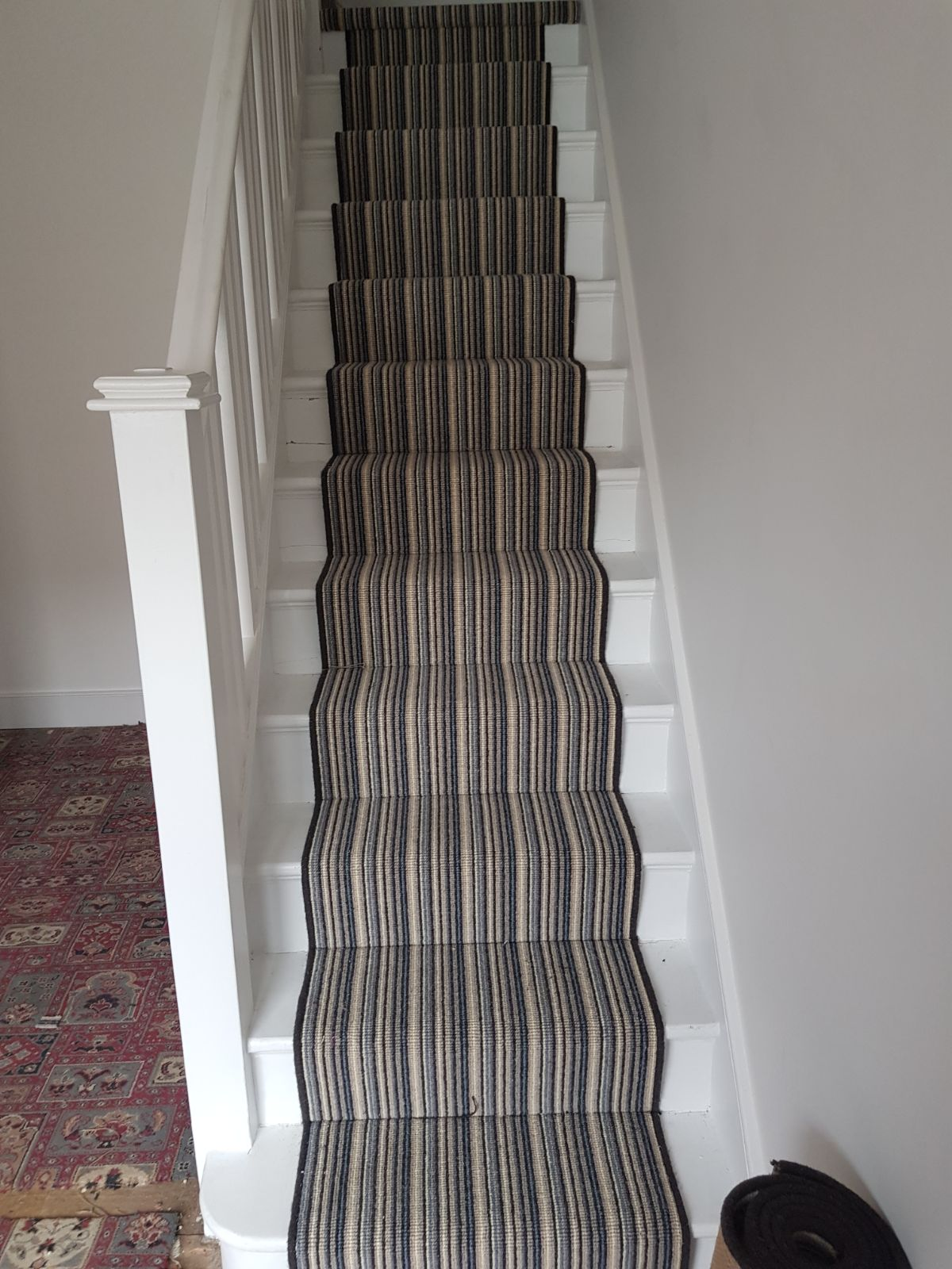 PORTFOLIO - CARPET STAIRS WITH STRIPES (1)