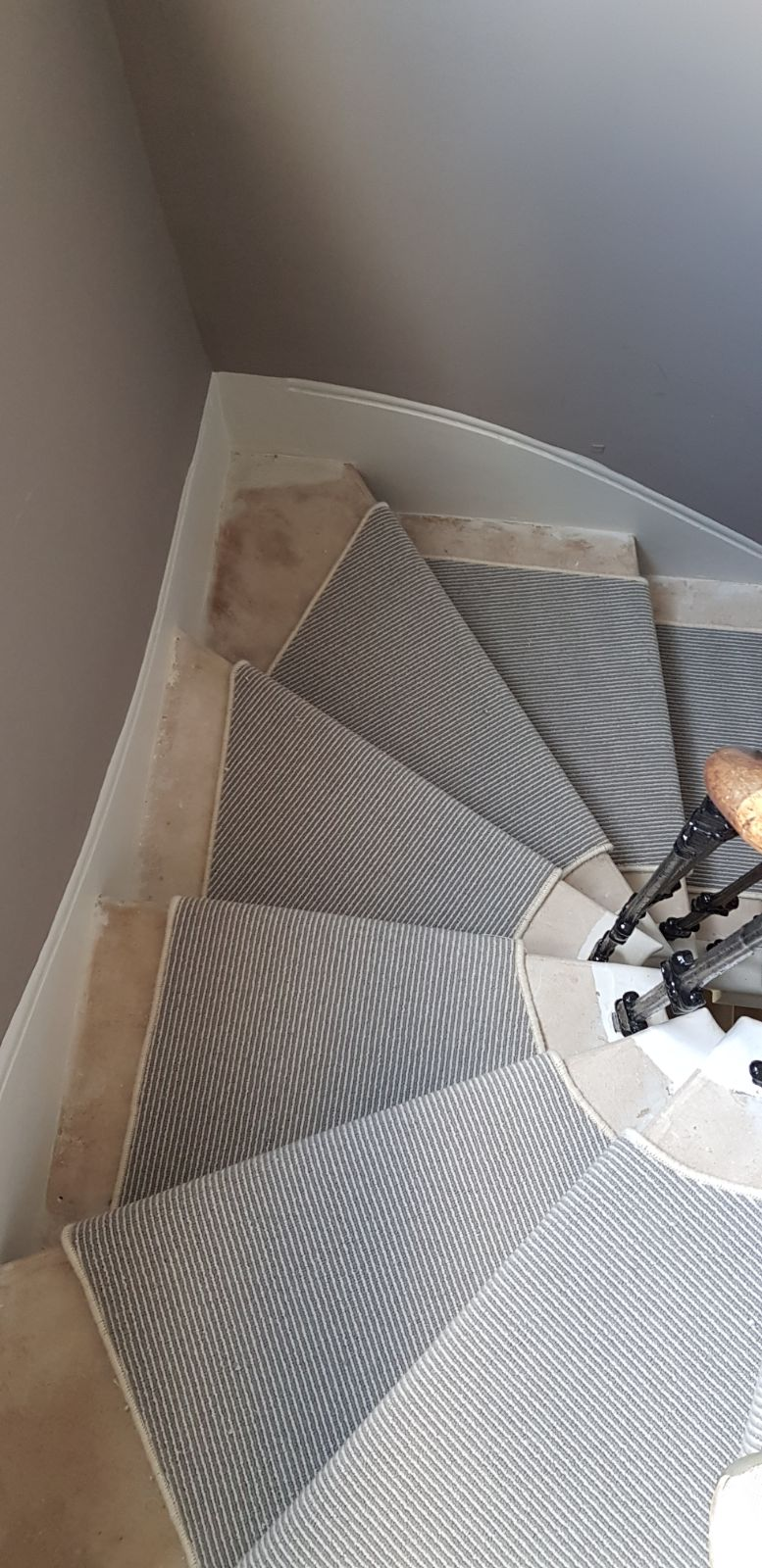 portfolio carpets GREY STRIPED CARPET WITH WHITE WHIPPING TO STAIRS (2)