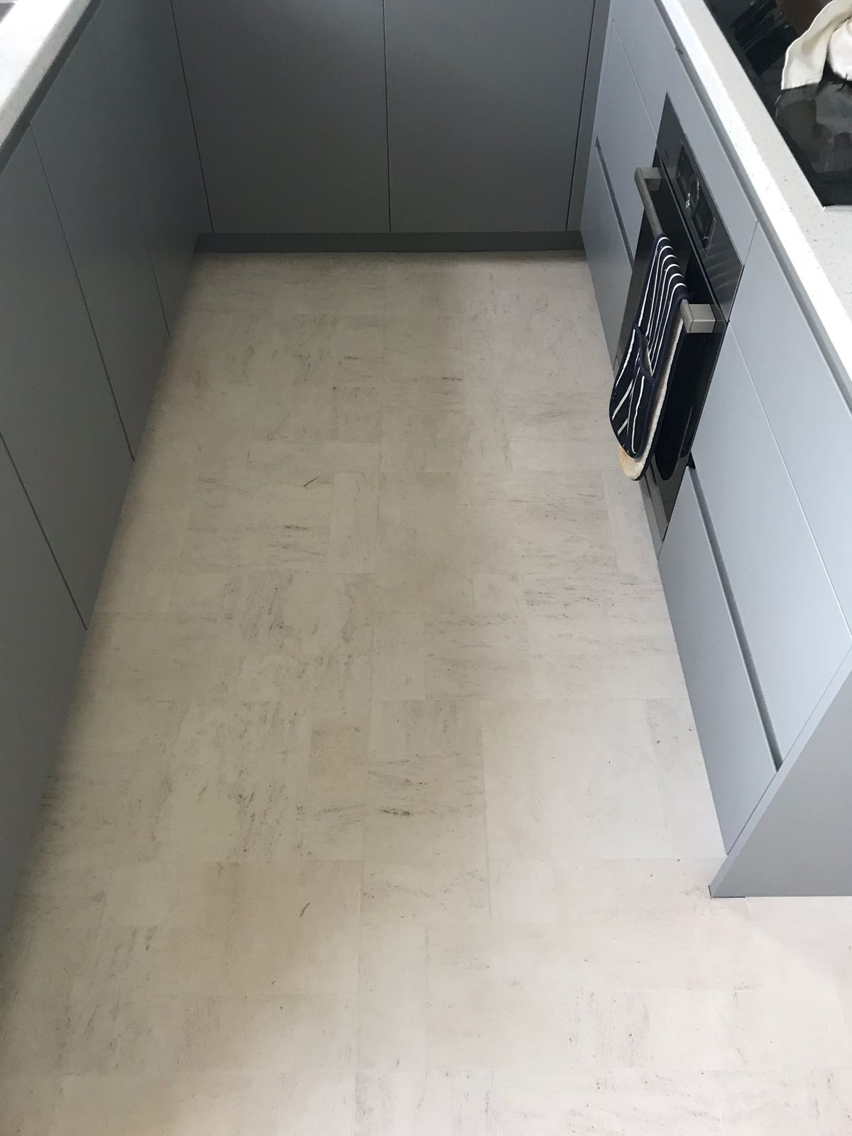 portfolio smooth floors amtico-honed-limestone-Natura-installation-clapham (2)