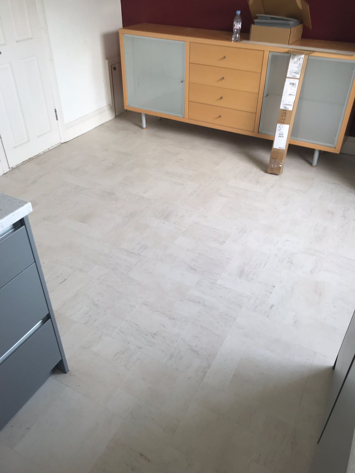 portfolio smooth floors amtico-honed-limestone-Natura-installation-clapham (3)