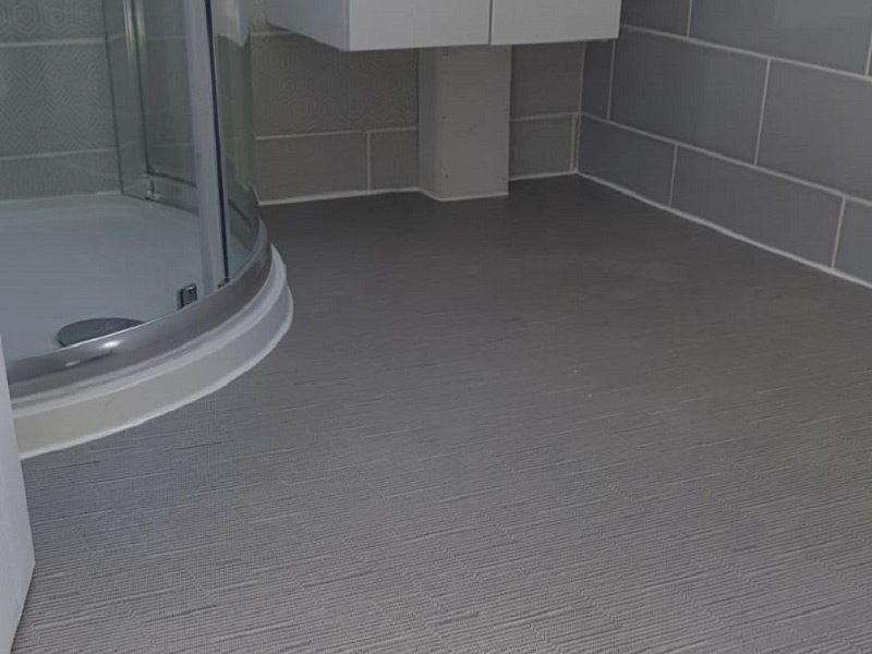 Amtico In Bathroom In Ealing The Flooring Group