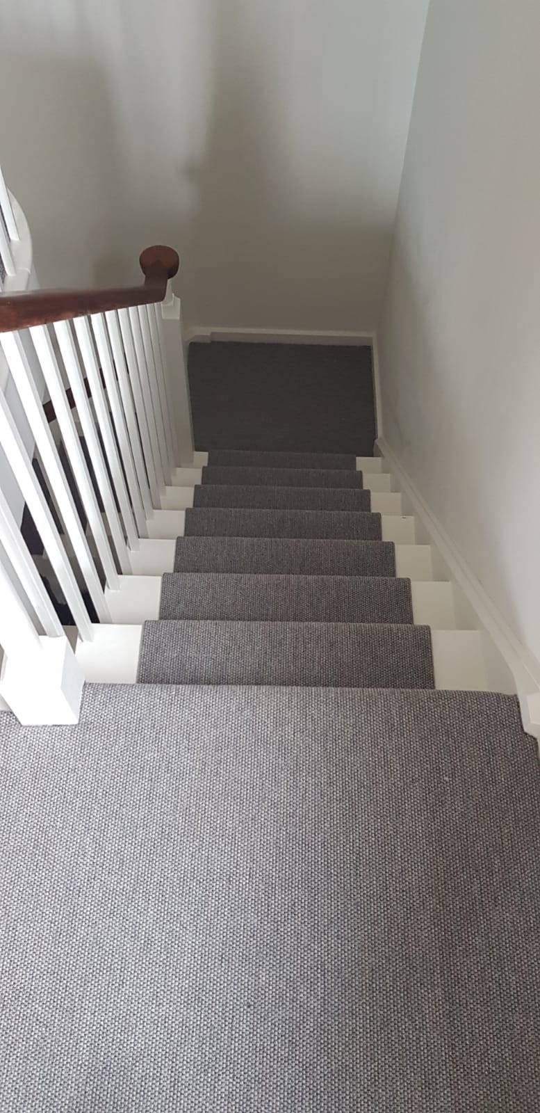 portfolio grey-carpet-installed-wembley (1)