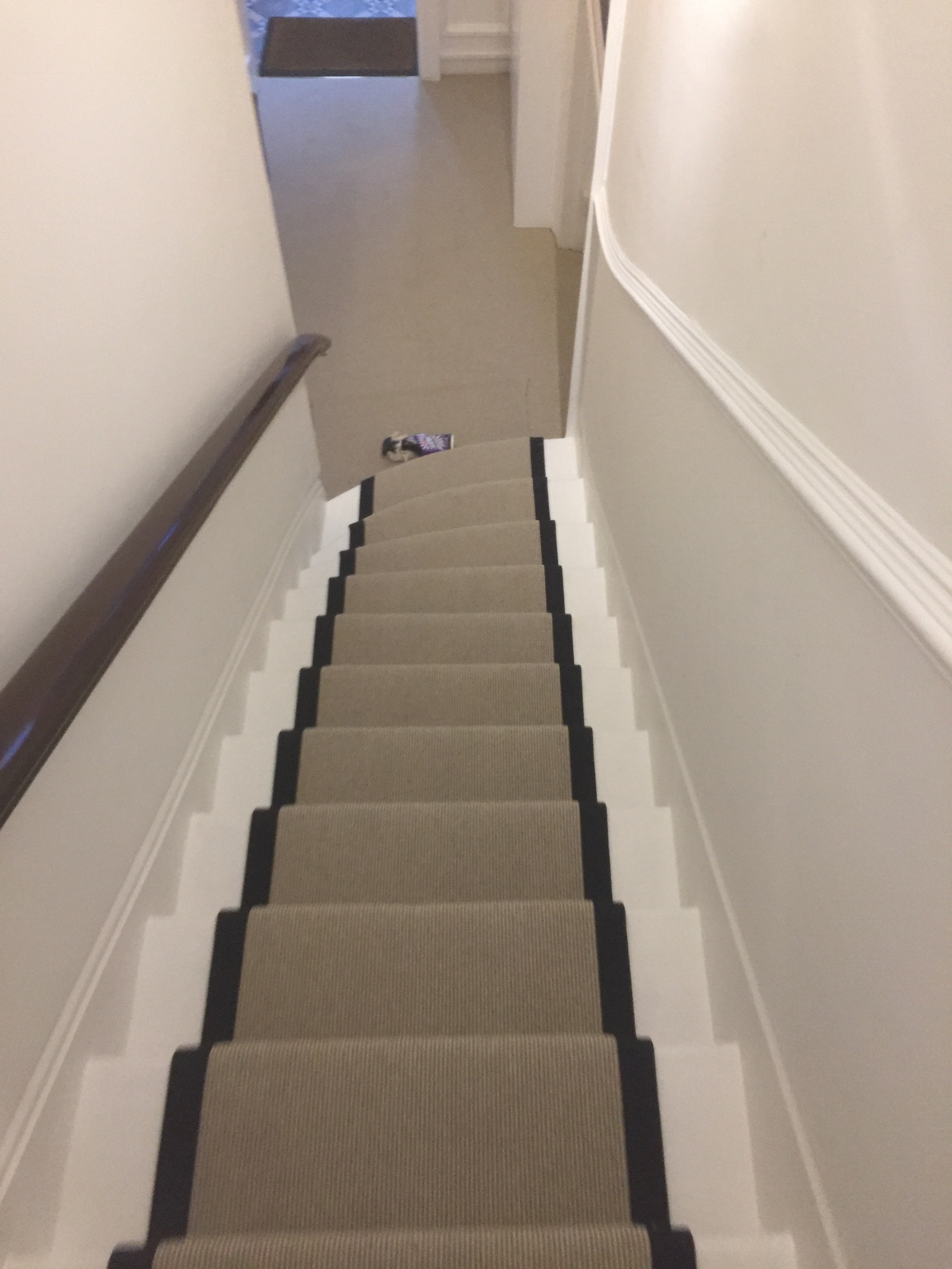 portfolio Carpet Runner With Black Binding Installed In Clerkenwell (17)