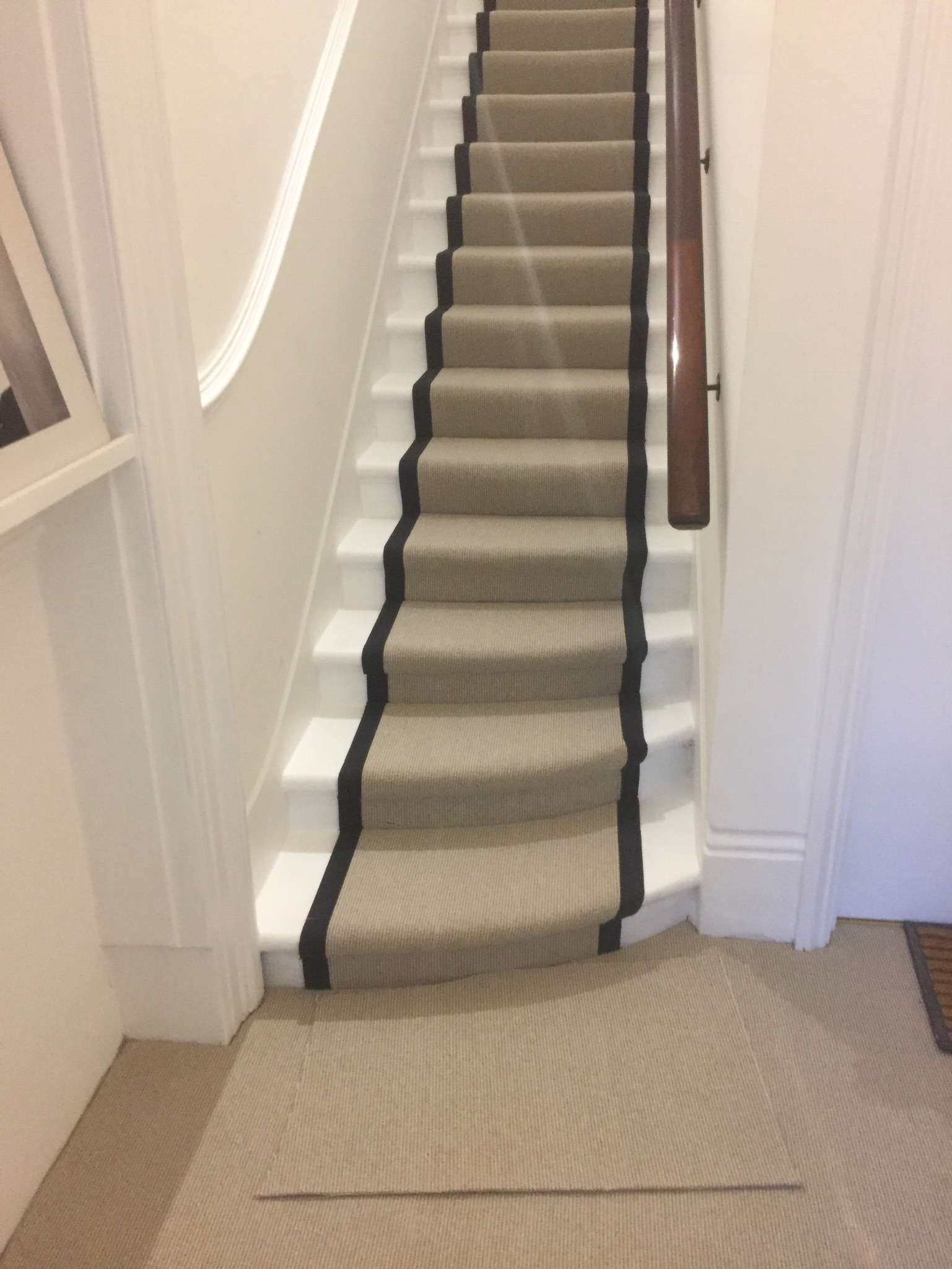 portfolio Carpet Runner With Black Binding Installed In Clerkenwell (18)