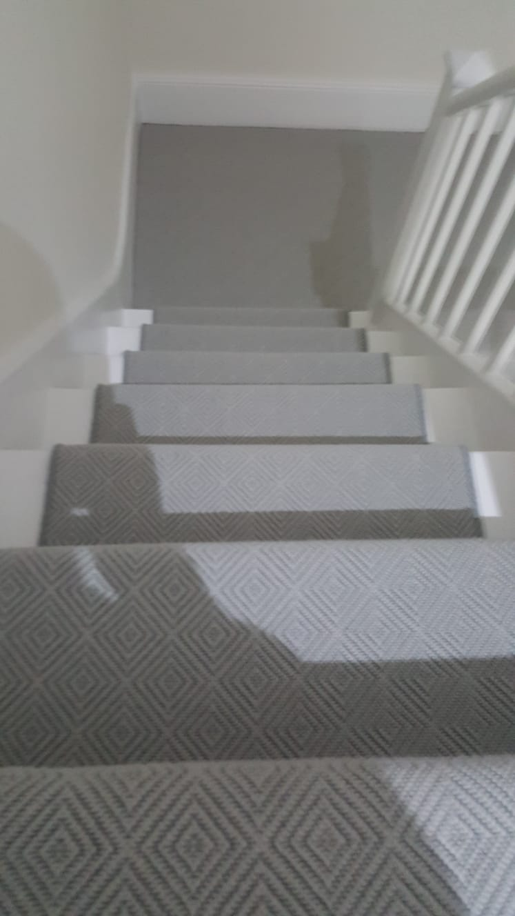 portfolio carpets GREY PATTERNED CARPET ON STAIRS (2)