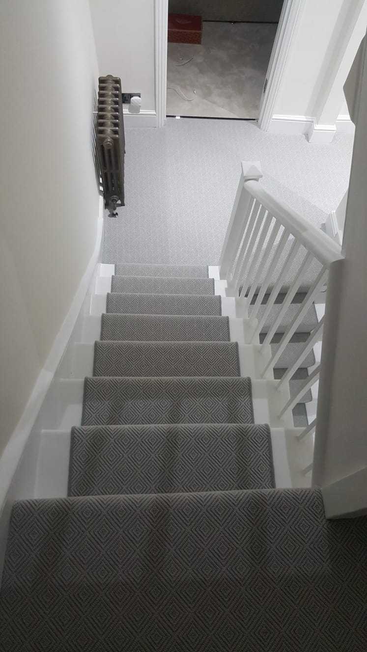 portfolio carpets GREY PATTERNED CARPET ON STAIRS (3)