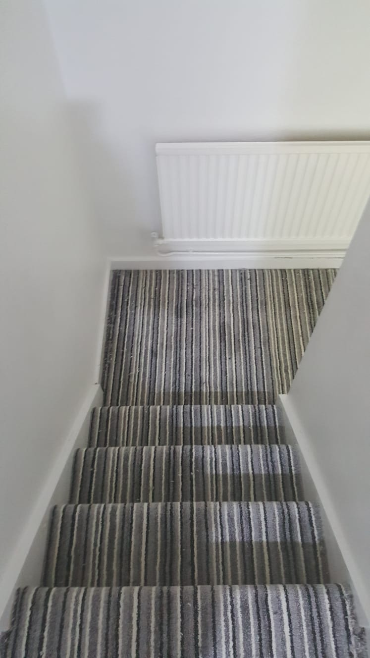portfolio striped-carpet-on-stairs-wimbledon (2)