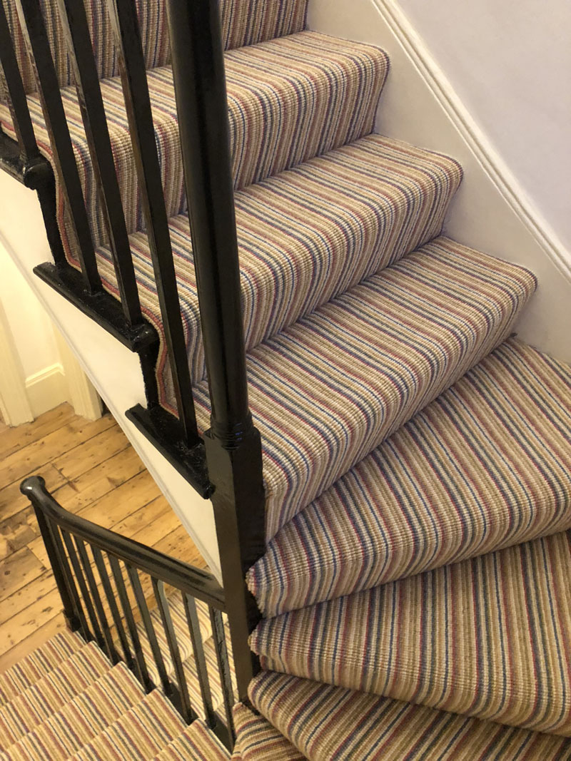 portfolio-striped-carpet-stairs-installation-soho (1)