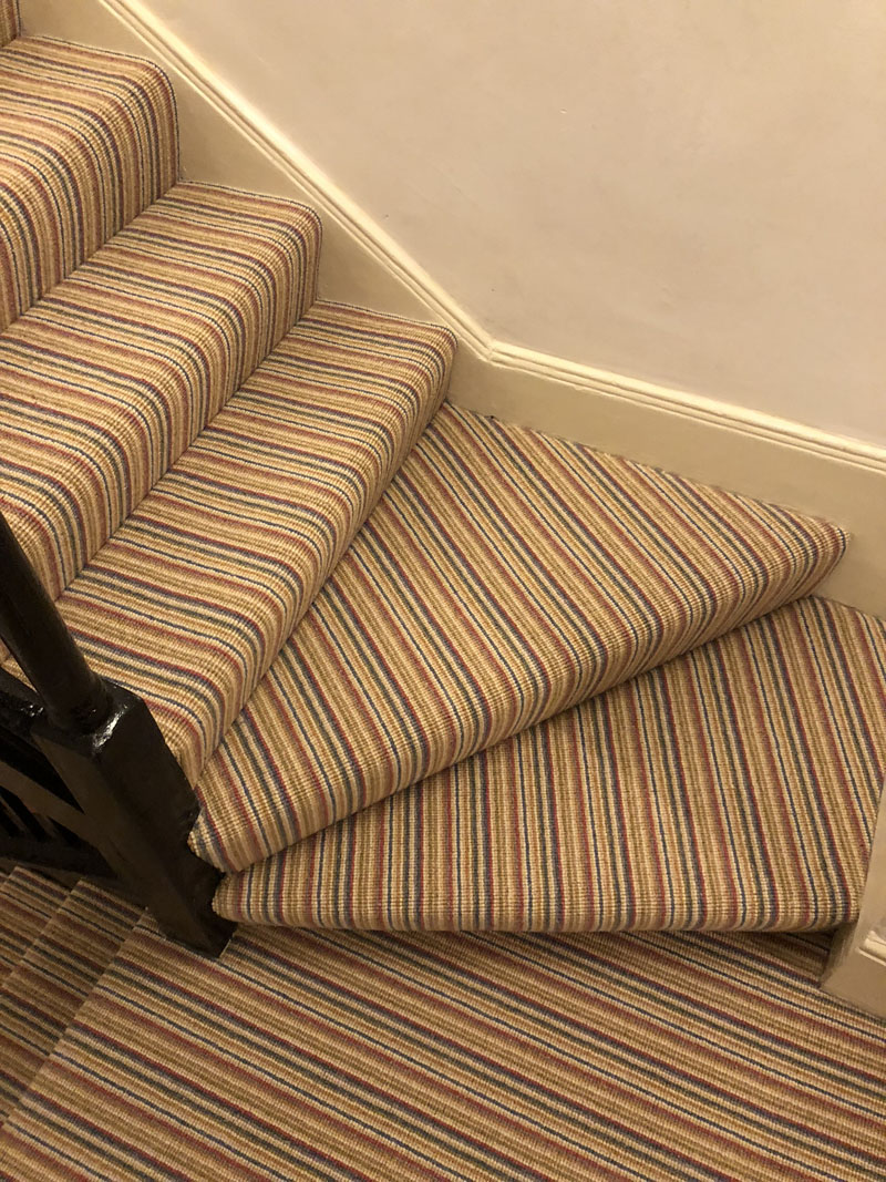 portfolio-striped-carpet-stairs-installation-soho (12)
