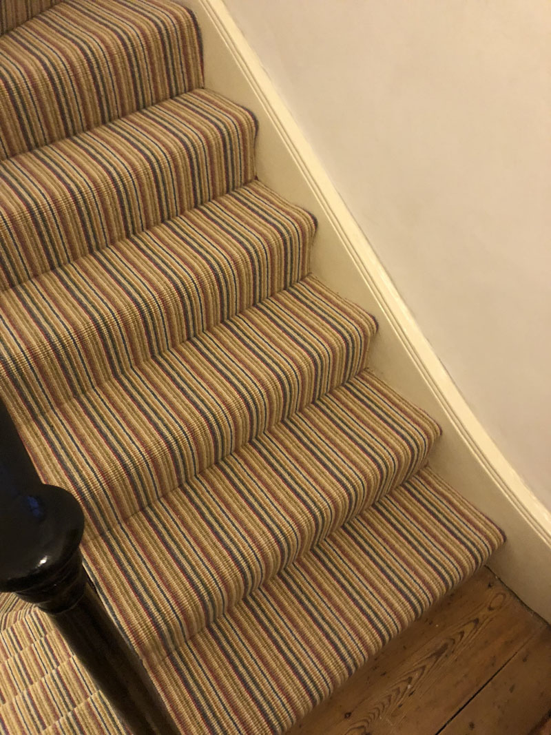 portfolio-striped-carpet-stairs-installation-soho (4)