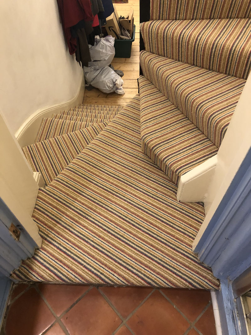 portfolio-striped-carpet-stairs-installation-soho (9)