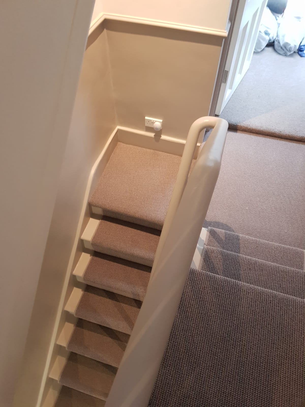 portfolio-carpet-runner-carpet-on-stairs-with-whipping-belgravia (4)