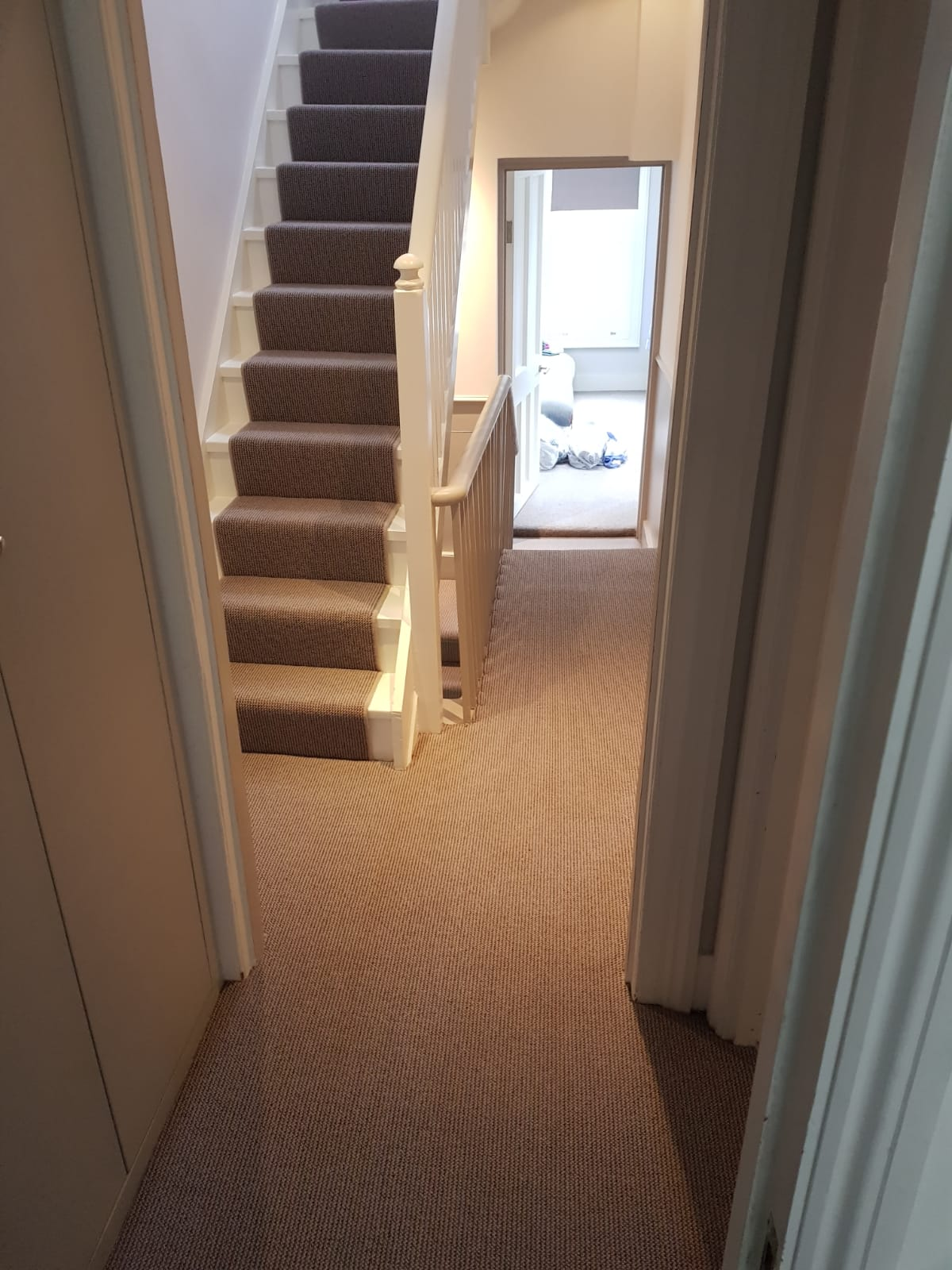 portfolio-carpet-runner-carpet-on-stairs-with-whipping-belgravia (6)