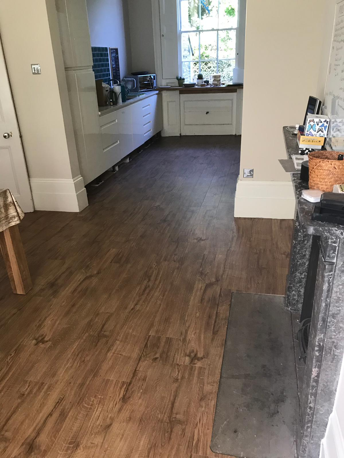 portfolio-smooth-floors-amtico-spacia-sherwood-oak-installation-newham (3)
