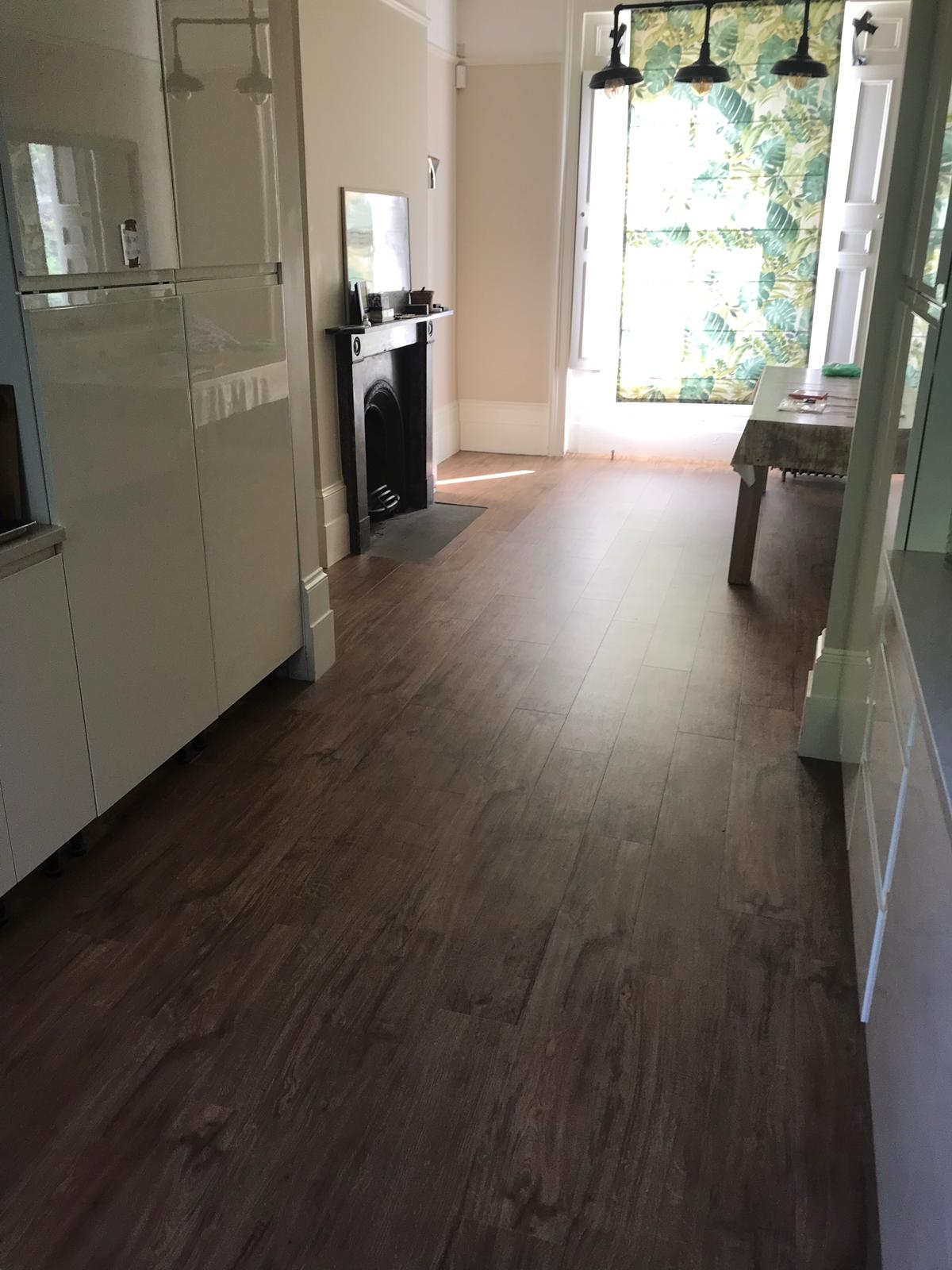 portfolio-smooth-floors-amtico-spacia-sherwood-oak-installation-newham (6)