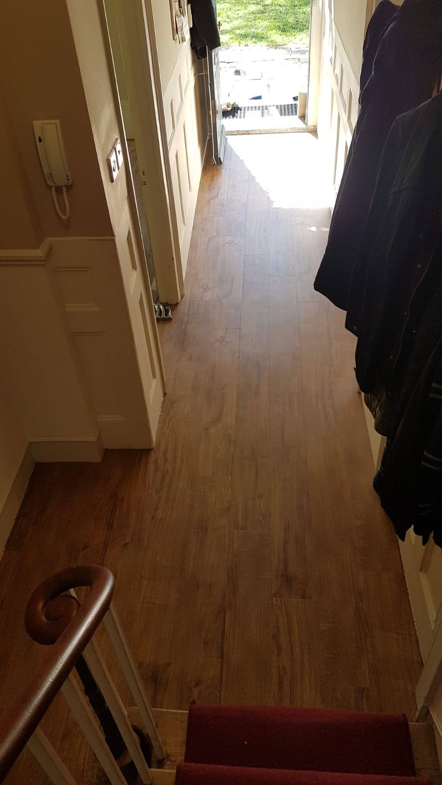 portfolio-smooth-floors-amtico-spacia-sherwood-oak-installation-newham (7)