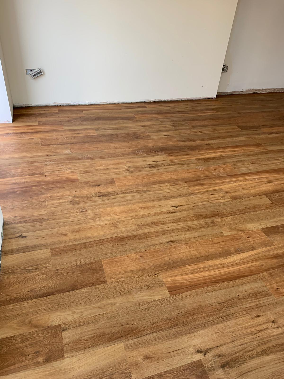 portfolio-smooth-floors-karndean-van-gogh-vinyl-flooring-installation-wembley (8)