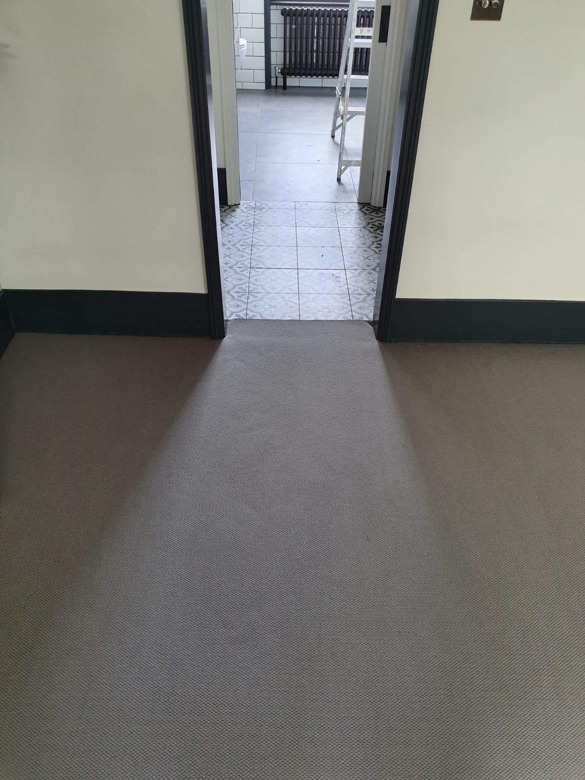 portfolio-supply-install-grey-wool-carpet-earls-court (2)