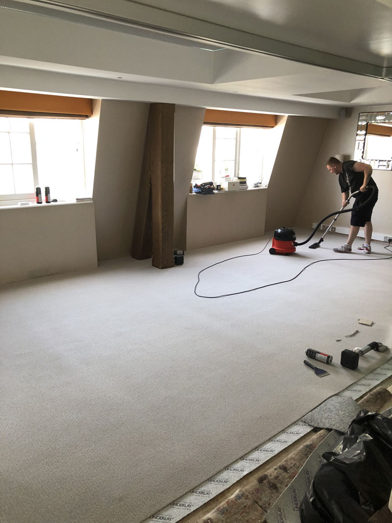 portfolio-grey-carpet-installation-st-johns-wood (2)