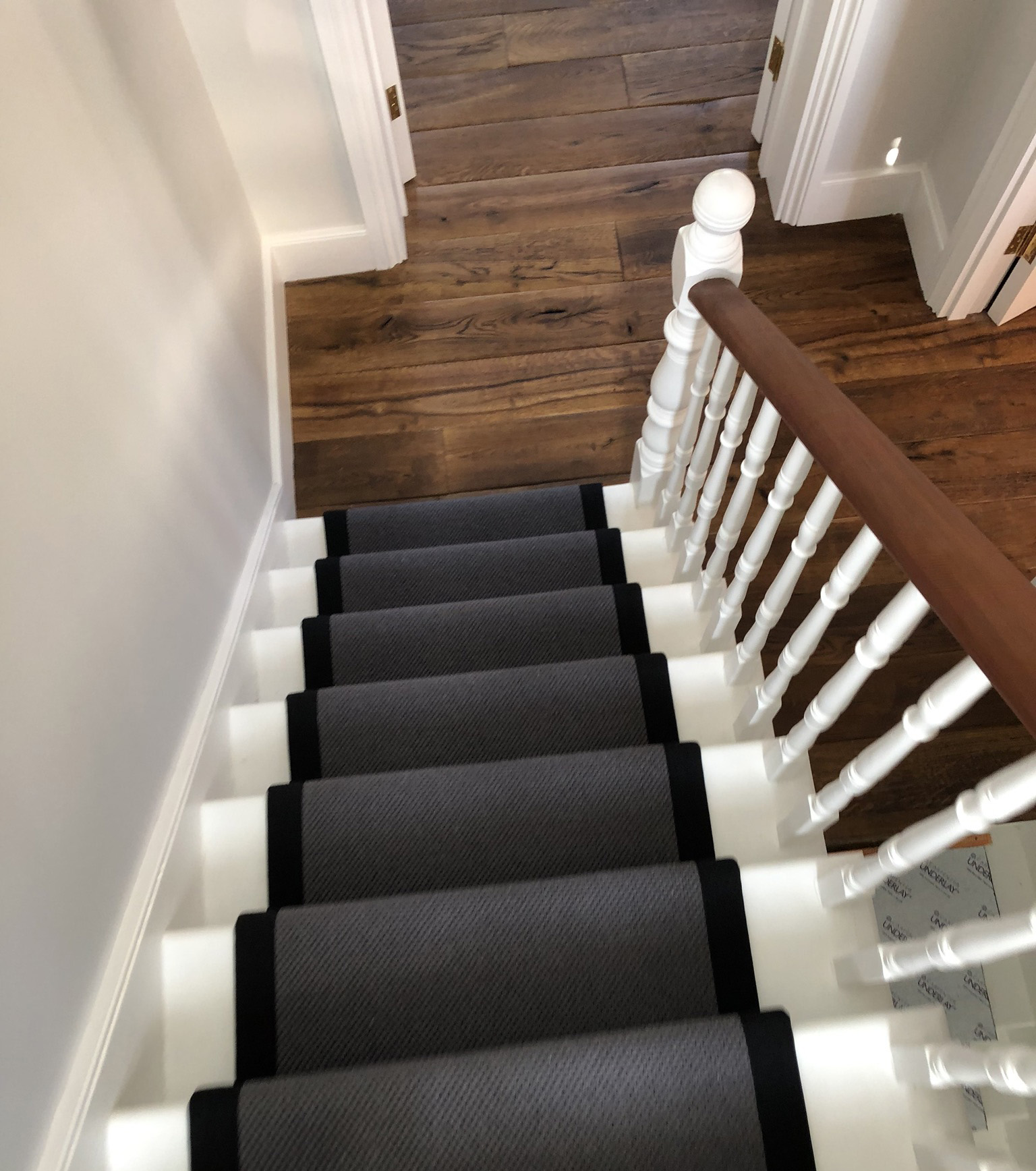 portfolio-Fibre Herringbone Wool Carpet Installed In Finchley (13)