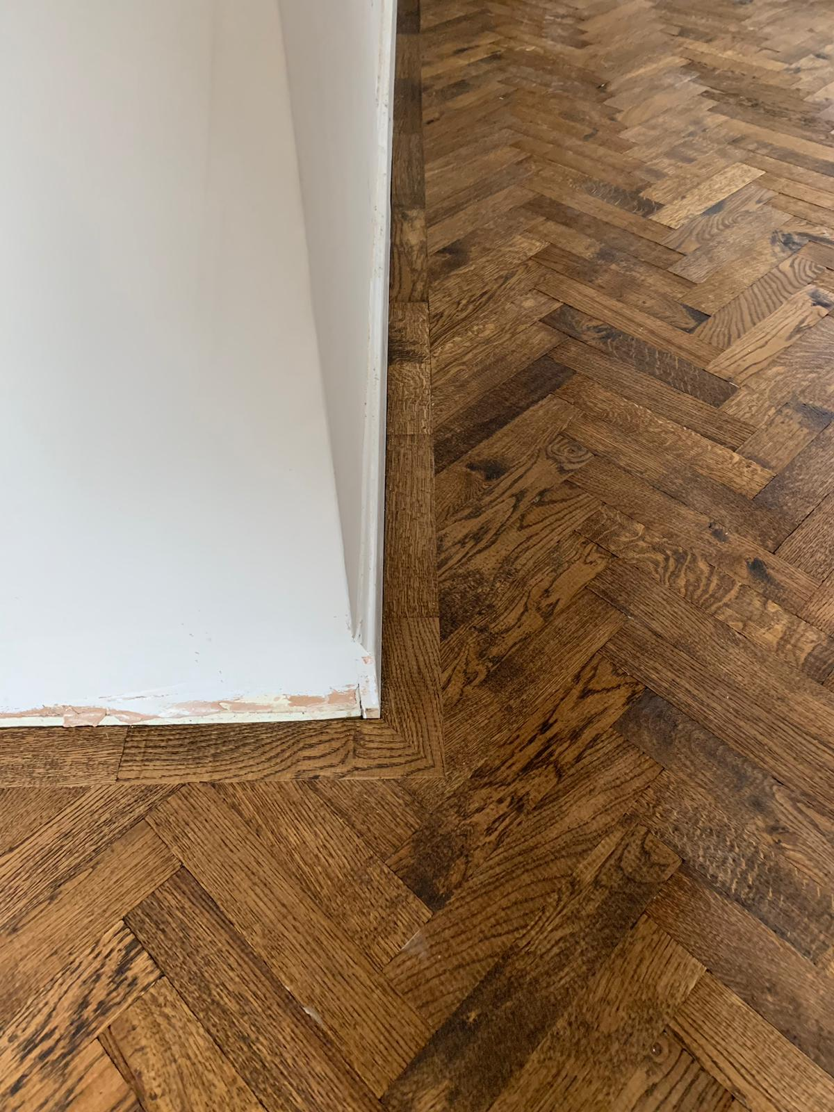 portfolio-rovers-prime-herringbone-wood-blocks-installed-in-wembley (6)