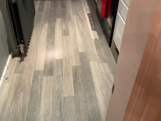 Install Amtico Spacia Sash Oak Luxury Vinyl Flooring to Premises in Clapham