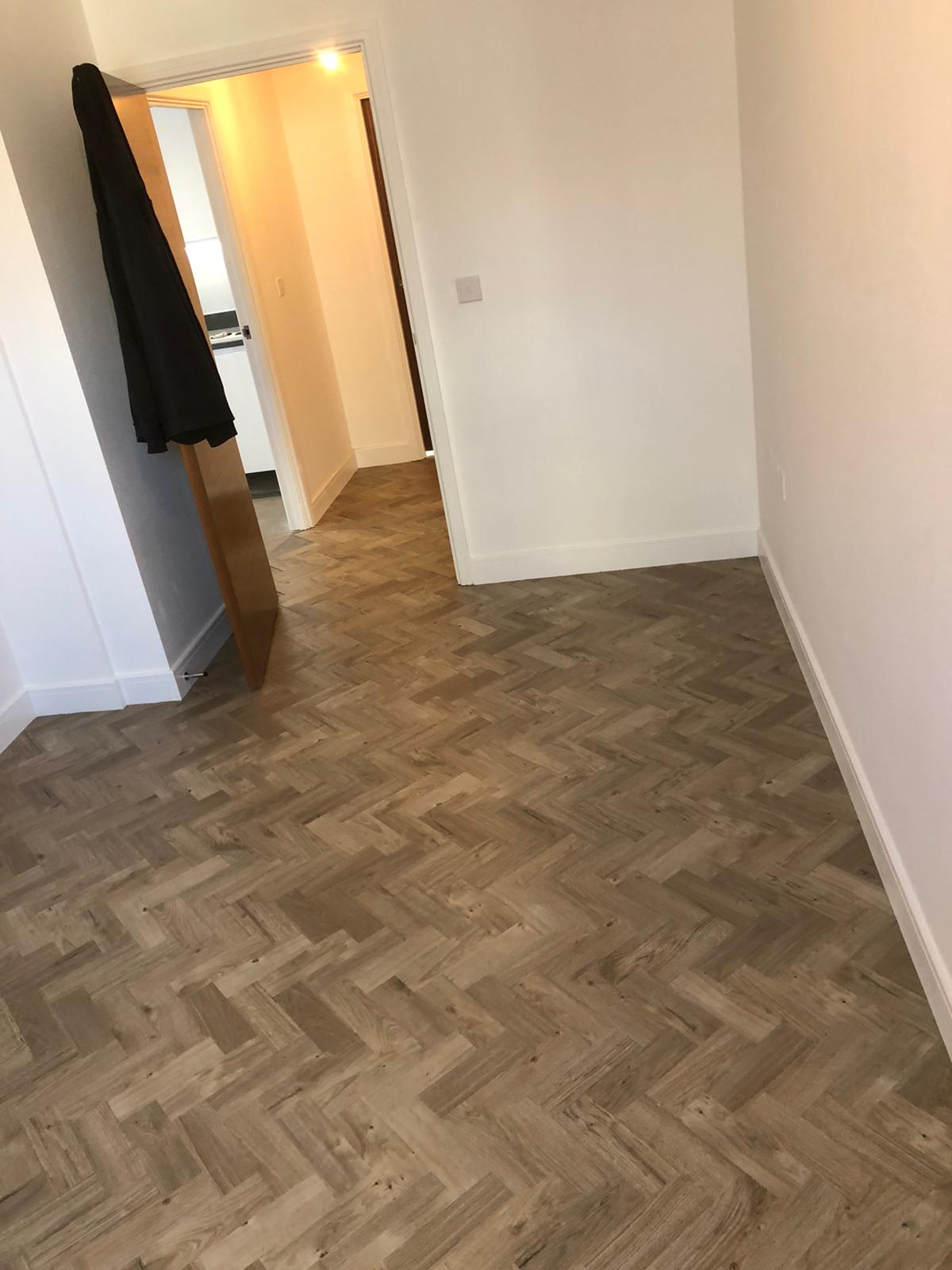 To supply & install Amtico Spacia Sun Bleached Oak luxury vinyl flooring in Kilburn 4