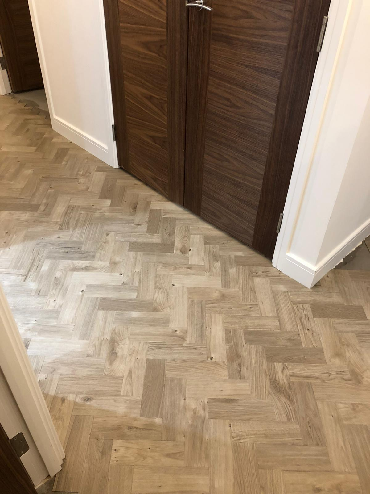 To supply & install Amtico Spacia Sun Bleached Oak luxury vinyl flooring in Kilburn 6