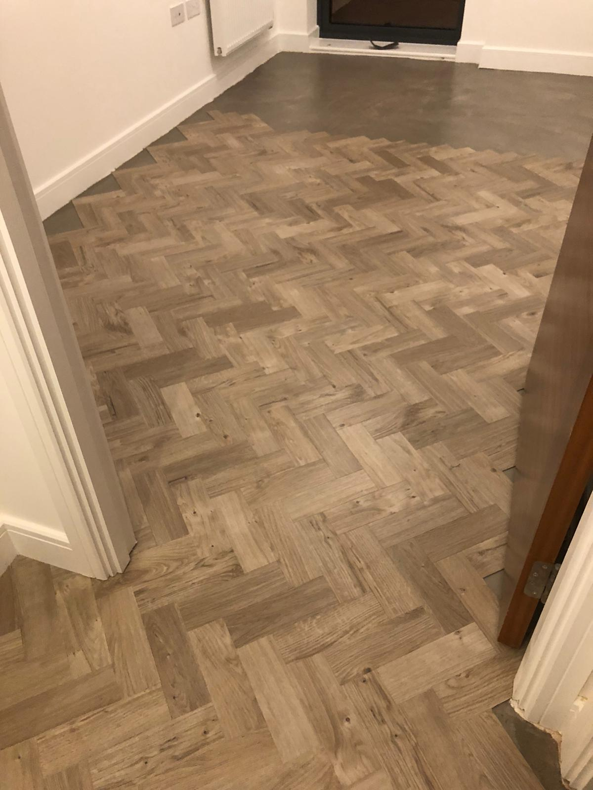 To supply & install Amtico Spacia Sun Bleached Oak luxury vinyl flooring in Kilburn 7