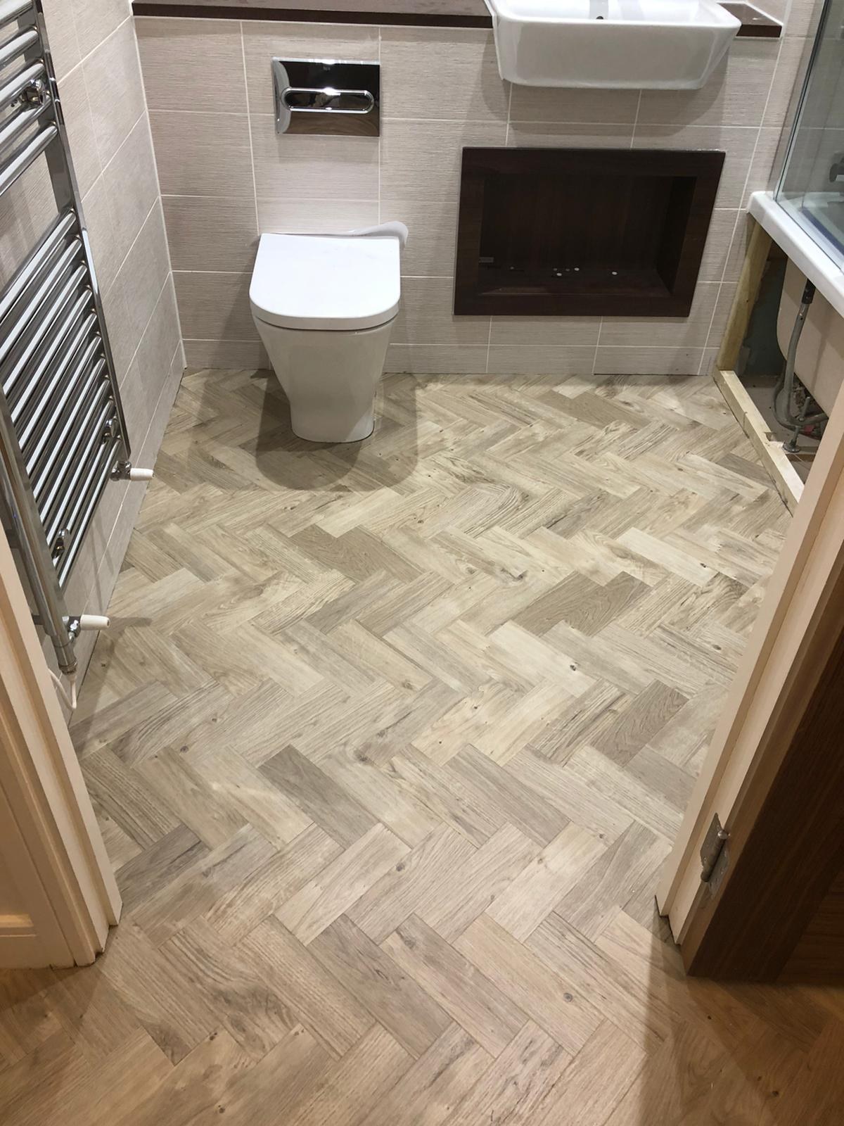 To supply & install Amtico Spacia Sun Bleached Oak luxury vinyl flooring in Kilburn 8