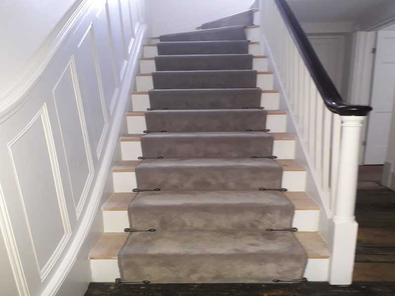 luxury carpet to stairs