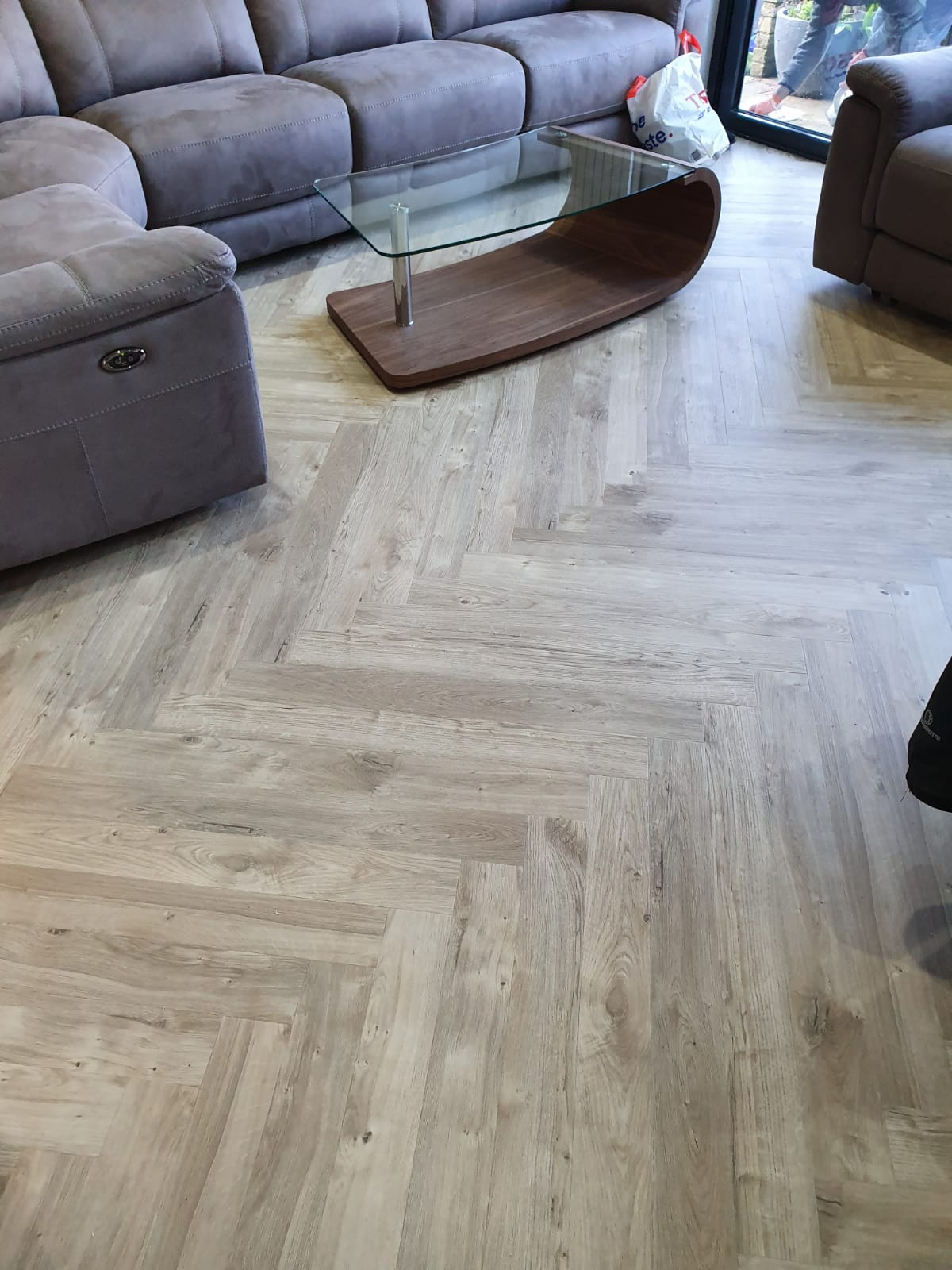 Amtico Spacia Sun Bleached Oak Luxury Vinyl Tile 2