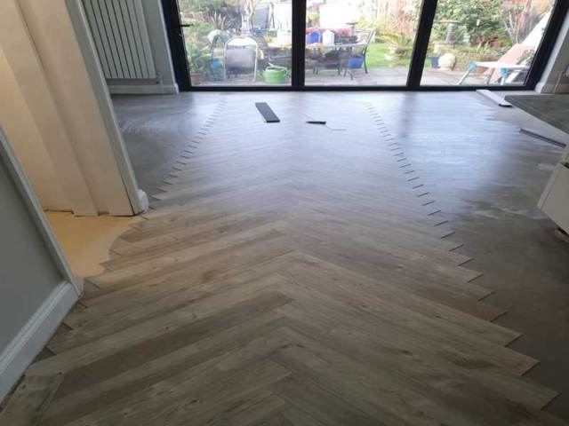 Amtico Spacia Sun Bleached Oak Luxury Vinyl Tile