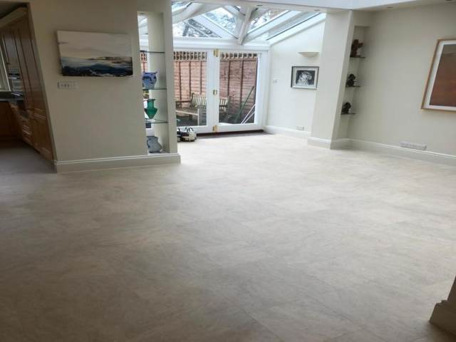 Amtico Signature Stria Ash luxury Vinyl Tile