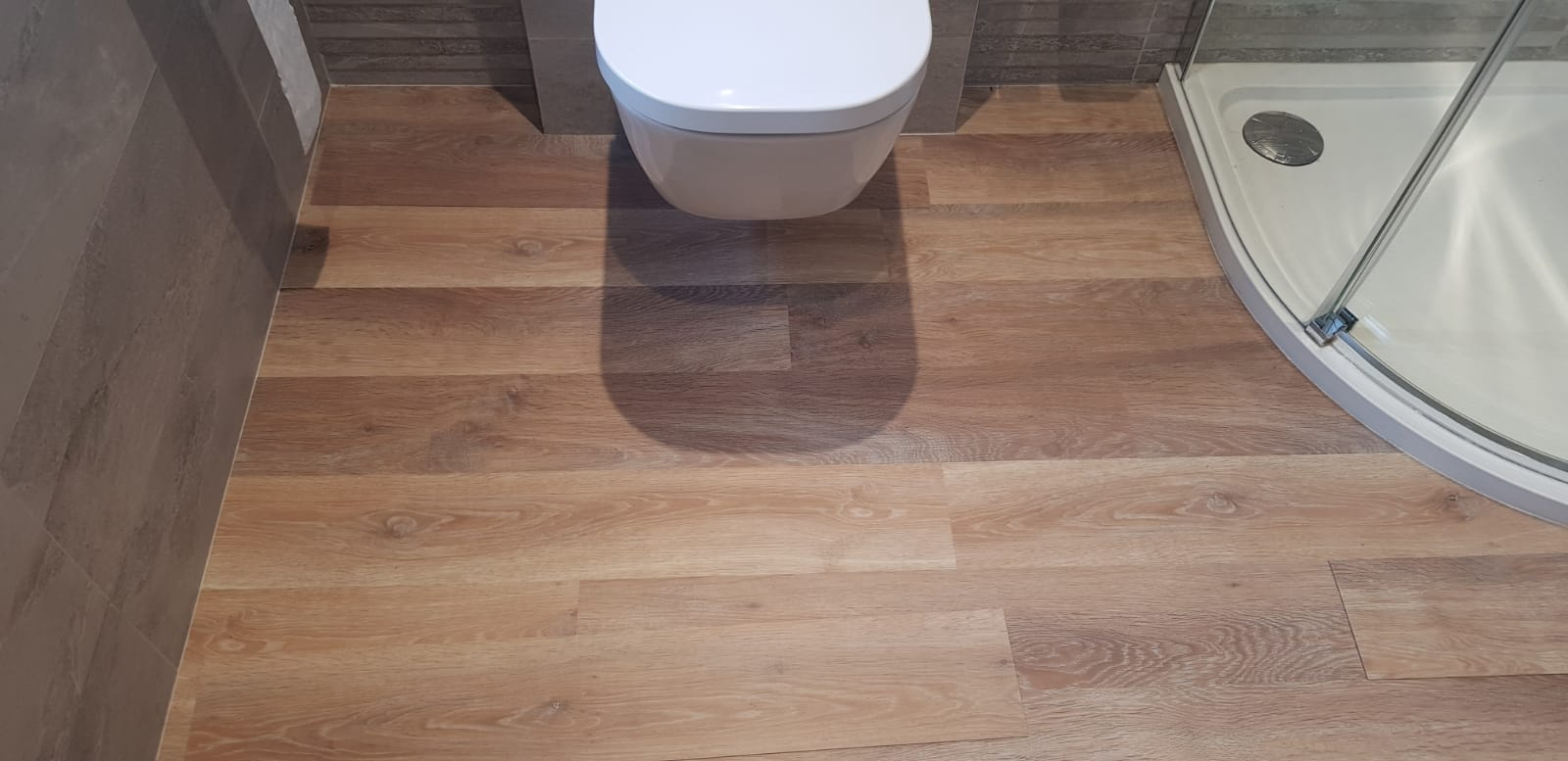 Amtico Wood Effect Luxury Vinyl Tile In Barnes 2