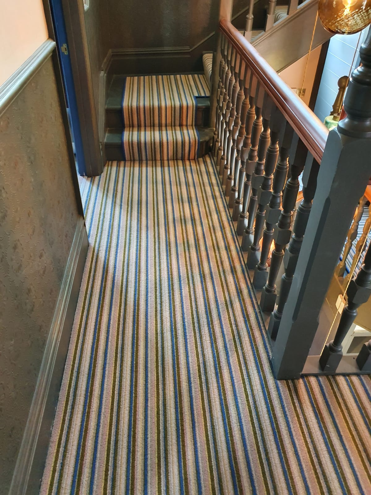 Striped Carpet to Stairs in Earls Court 1
