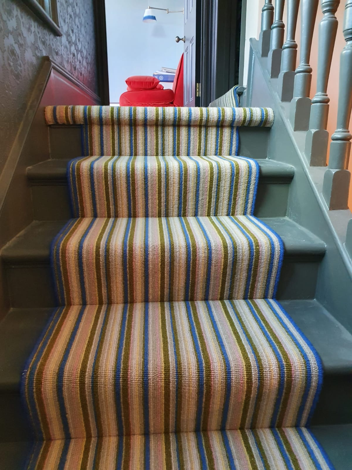 Striped Carpet to Stairs in Earls Court 2