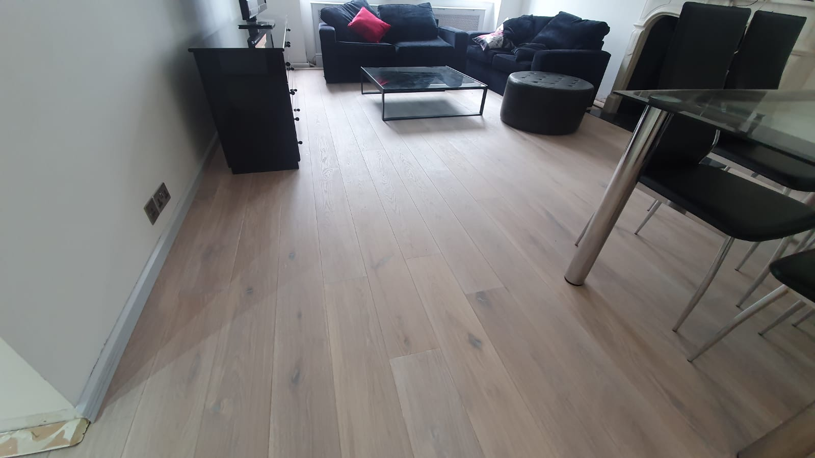 Staki Oak & White Brushed Oil Wood Flooring 3