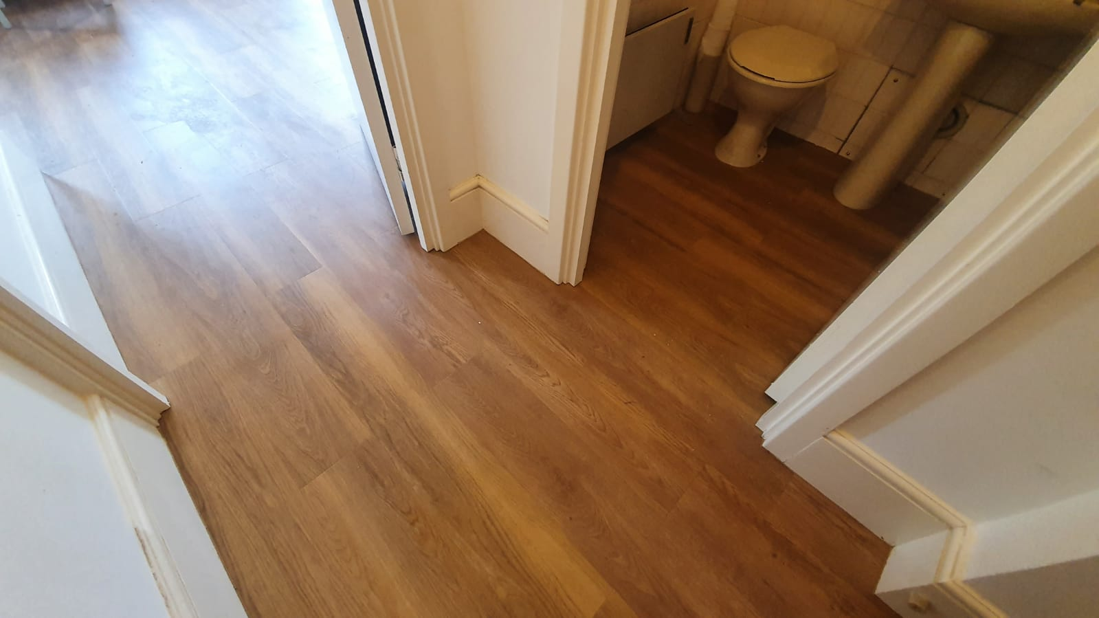 Amtico Spacia New England Oak Vinyl Flooring in Mayfair 2