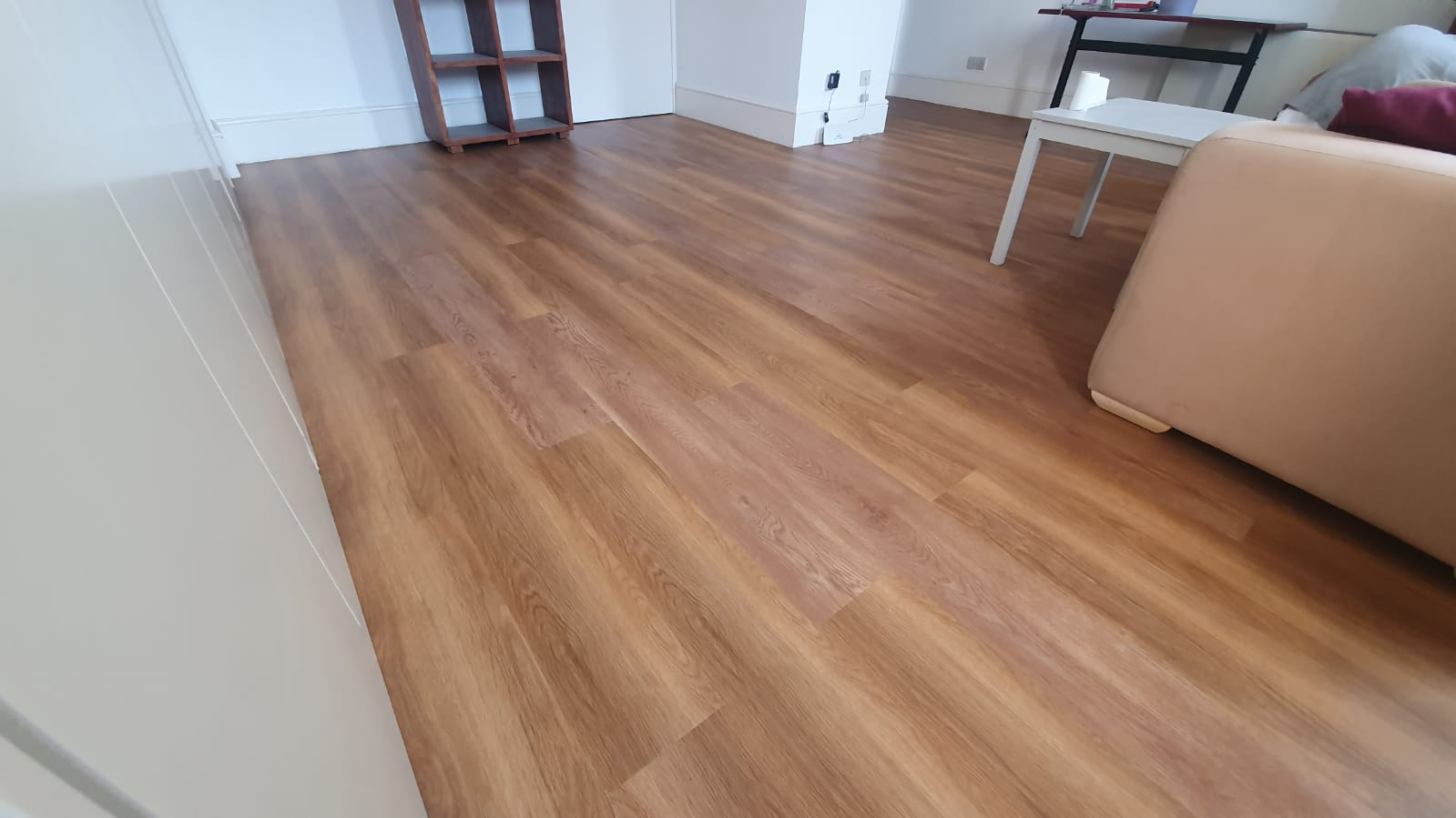 Amtico Spacia New England Oak Vinyl Flooring in Mayfair 3
