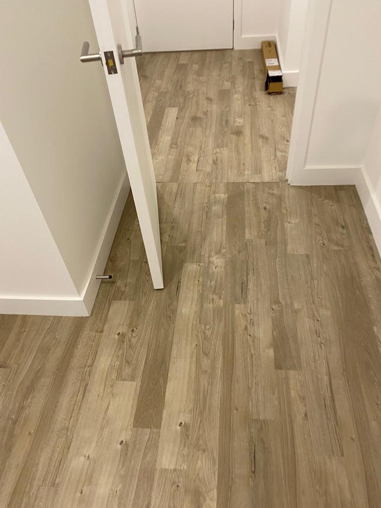 Amtico Spacia Sun Bleached Oak Luxury Vinyl Tile in Balham 1