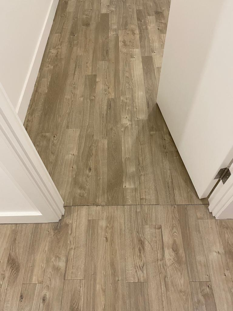 Amtico Spacia Sun Bleached Oak Luxury Vinyl Tile in Balham 4