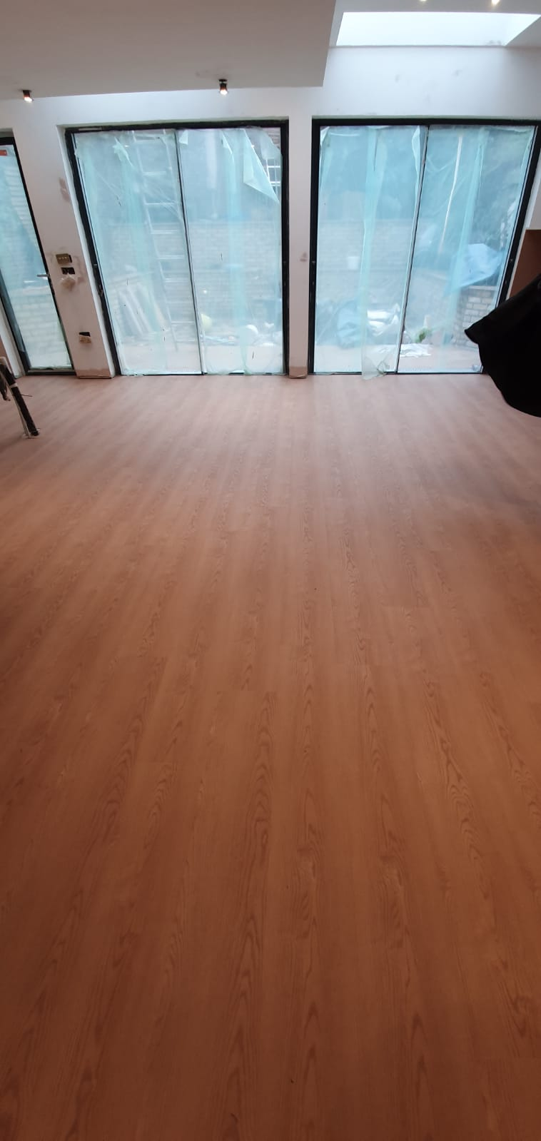 Amtico Form Barrel Oak In Camden 1