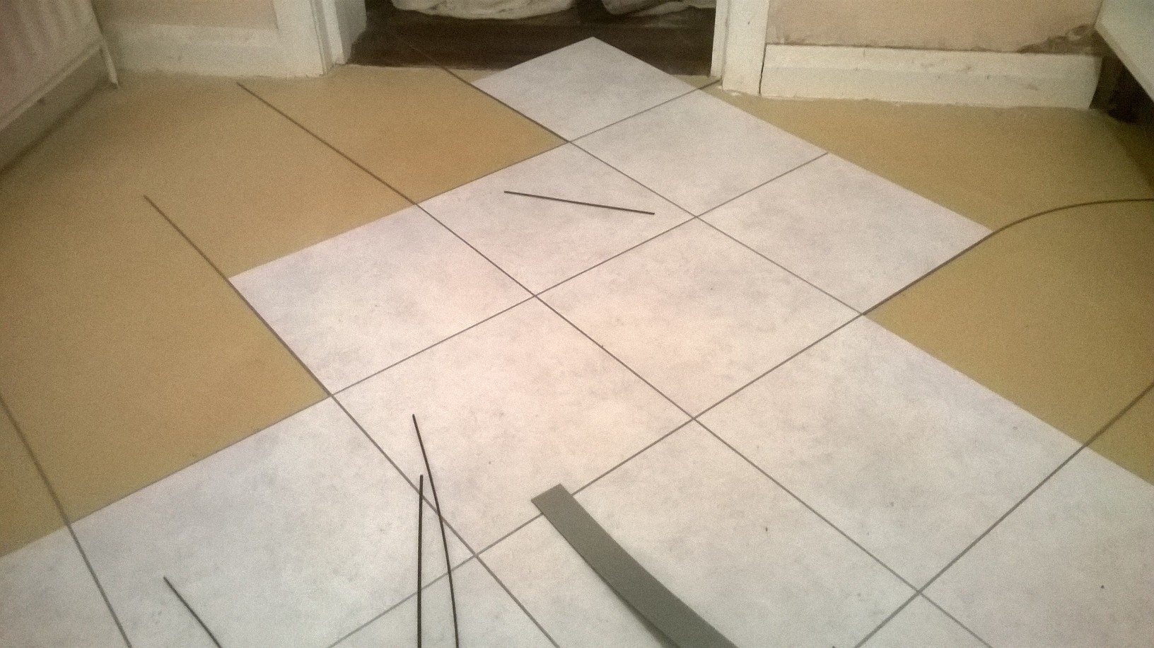 Amtico Spacia Ceramic Frost with Silver Stripping 2