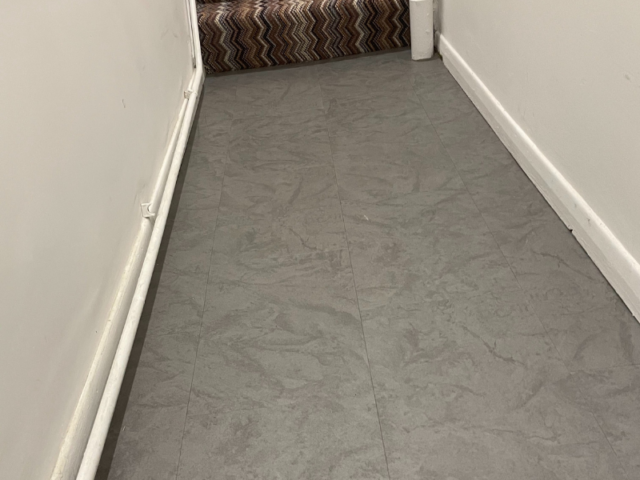 Amtico Spacia Ceramic Dark Vinyl Flooring In Fulham