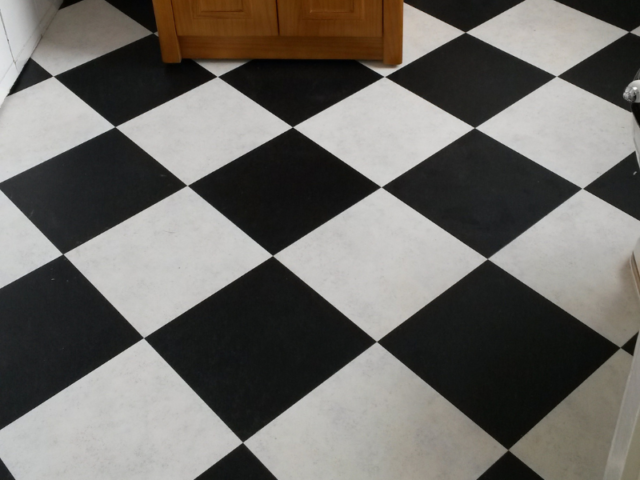 Amtico Spacia Ceramic Frost & Amtico Spacia Coal Tiles